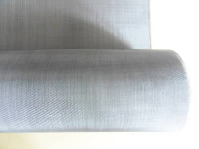 There is a tantalum wire cloth roll with fine holes.